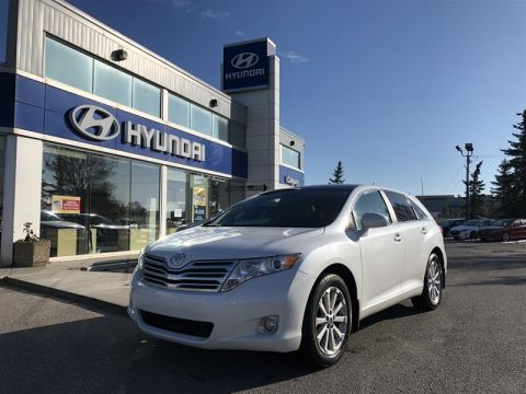 Pre-Owned 2009 Toyota Venza AWD 6A All Wheel Drive Crossover